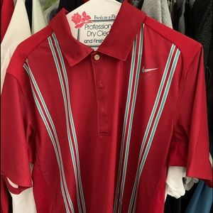 NIKE ROGER FEDERER POLO SHIRT IN RED/.GREEN SIZE M